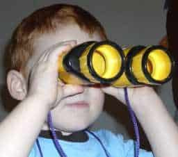 choosing binoculars children